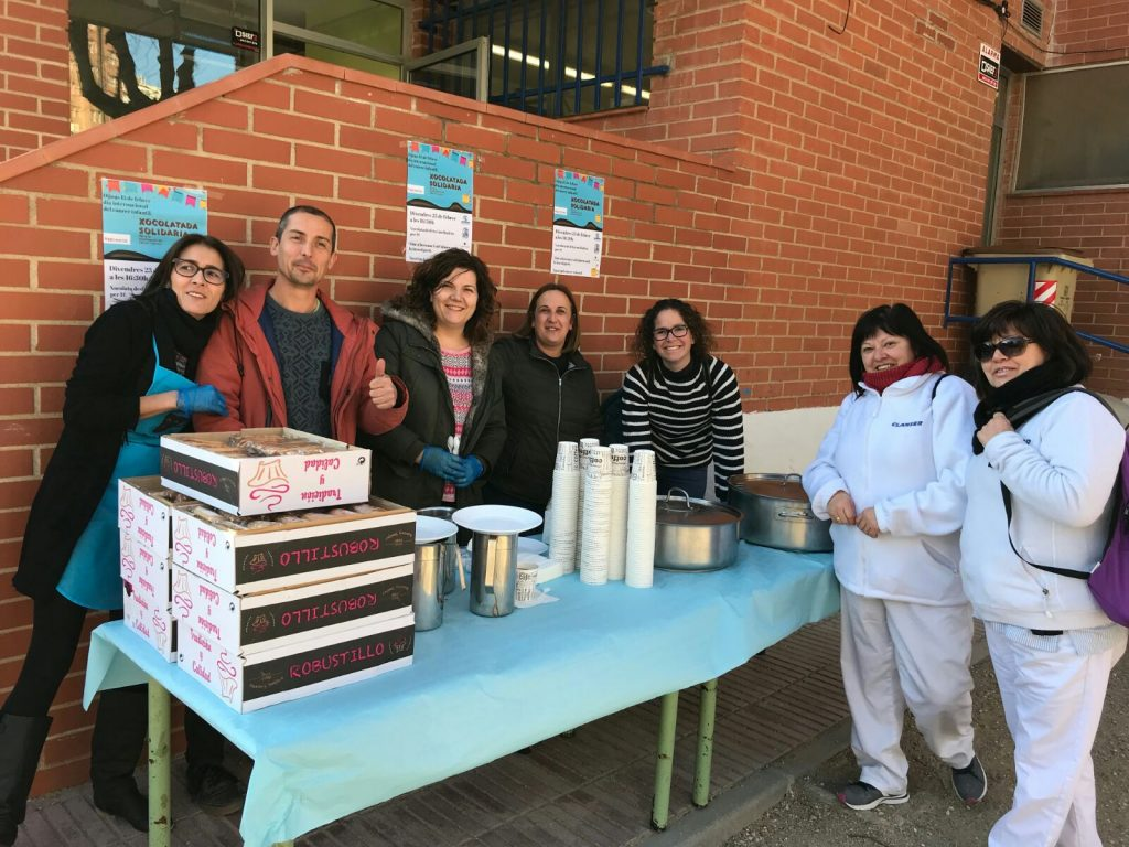 Escuela Cesar August Tarragona Chocolatada Solidaria